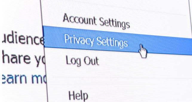 privacy settings on Facebook