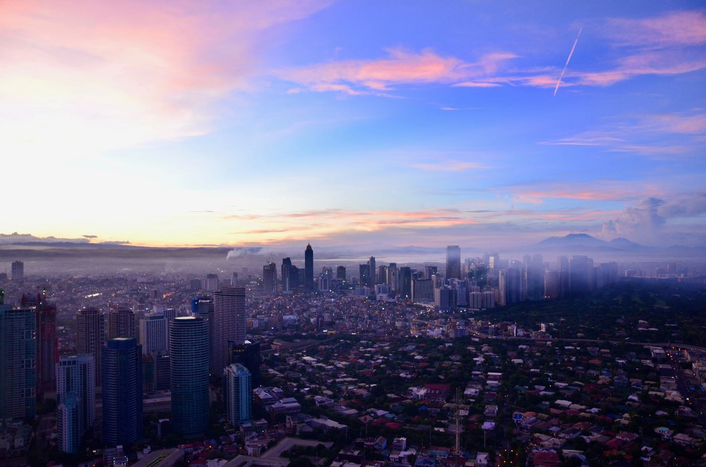 a beautiful sky above the top outsourcing locations in the Philippines